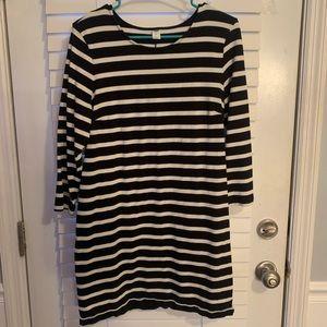 Gap dress black and white stripes